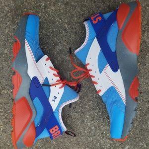 cb8b82c8b0ee Nike Shoes - Nike Doernbecher Air Huarache size 11.5